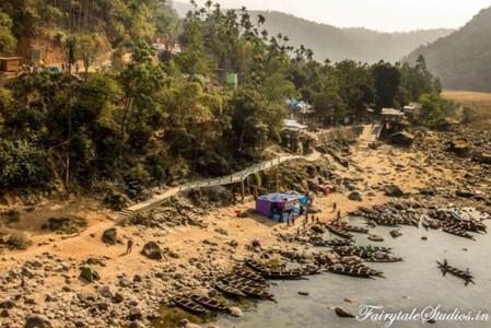 11. Shnongpdeng Parking area_The Meghalaya Odyssey_Fairytale Travel blog.jpg