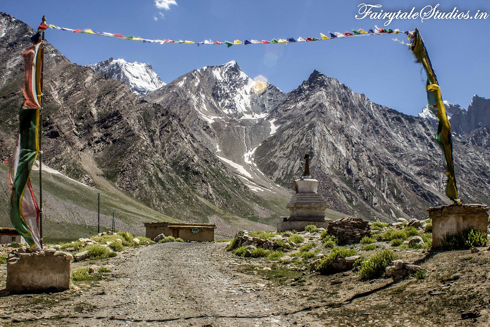 One of the very few villages we came across on the way to Rangdum. We could not spot any human though (The Zanskar Odyssey Travelogue)