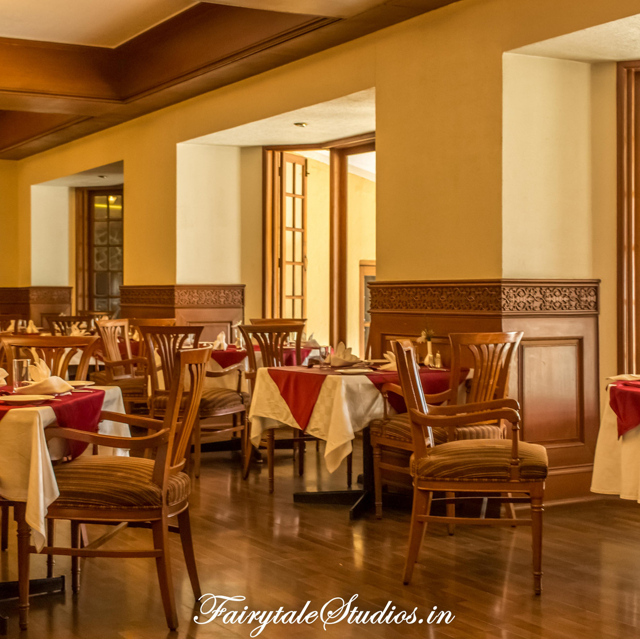 Restaurant_The Carlton Kodaikanal_Fairytale Travels (3)