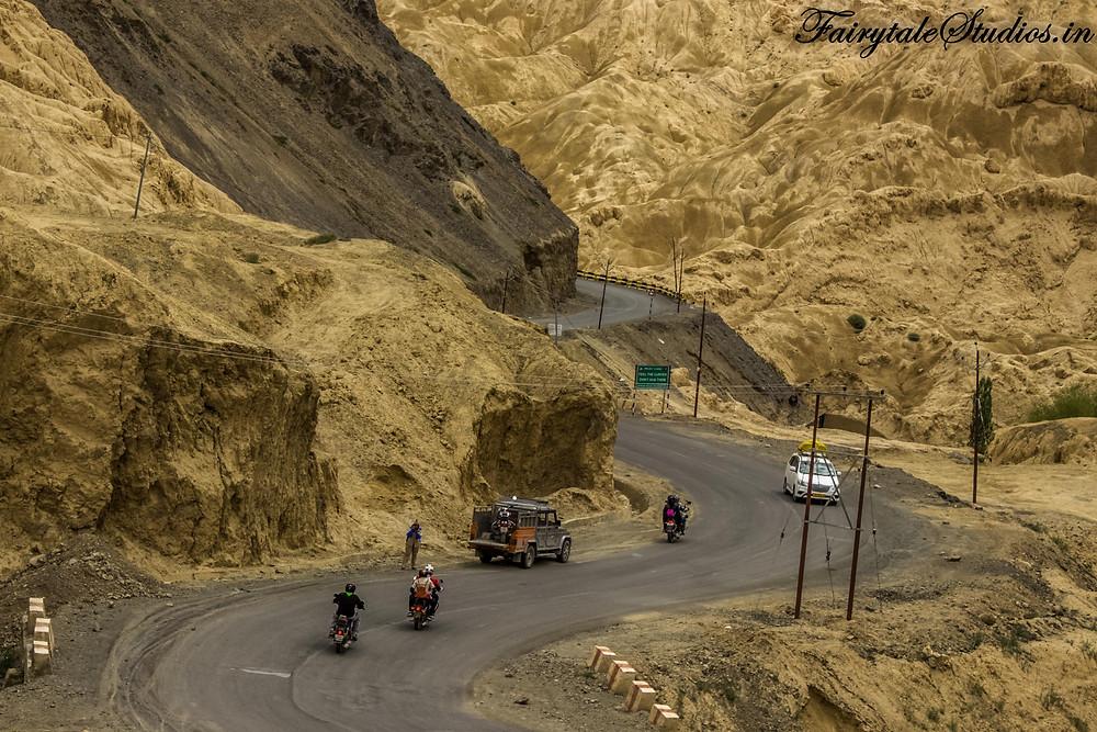 Vehicles at Moonland, Lamayuru in Ladakh (The Zanskar Odyssey travelogue)