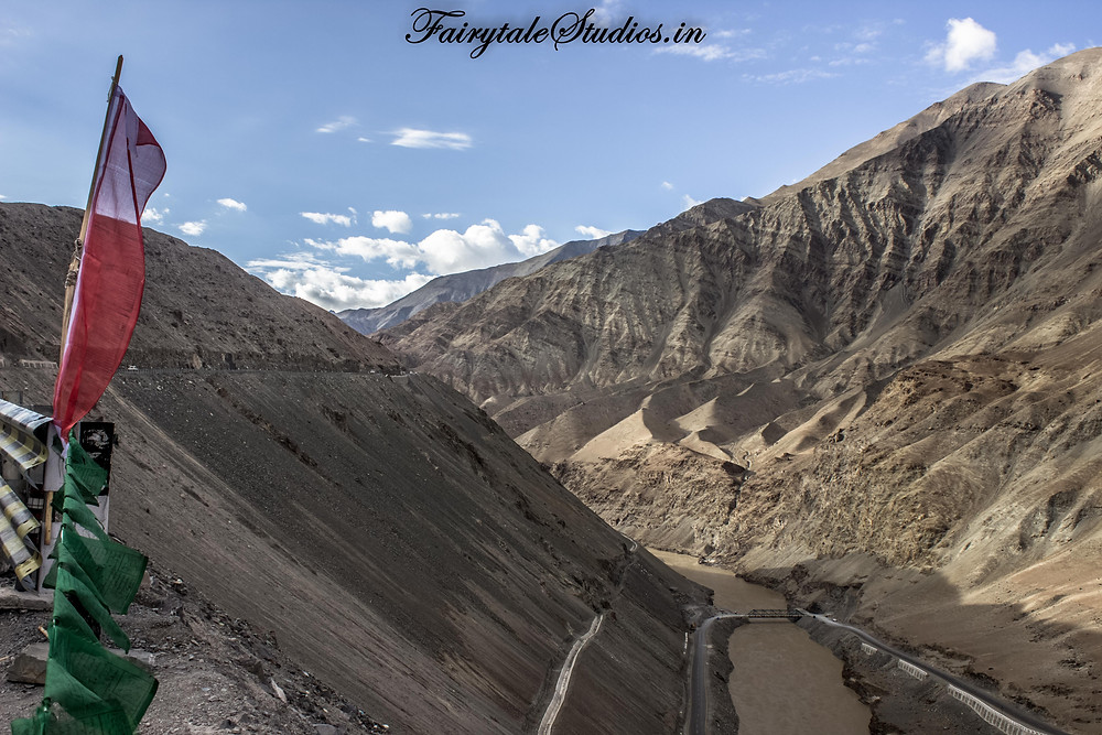 View from Nimmu village at Sangam point (The Zanskar Odyssey travelogue)