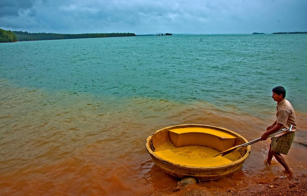 Backwaters at Honnemaradu near Jog Falls, Karnataka - India_Image source: Wikimedia