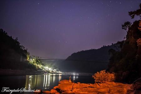 27. Night besides river Umngot with Pioneer Adventures_Shnongpdeng_The Meghalaya Odyssey_Fairytale Travels