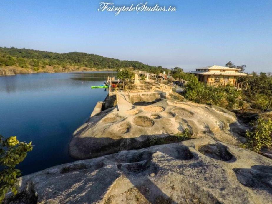 Umkhakoi Reservoir, Mawlyngbna Village - Meghalaya