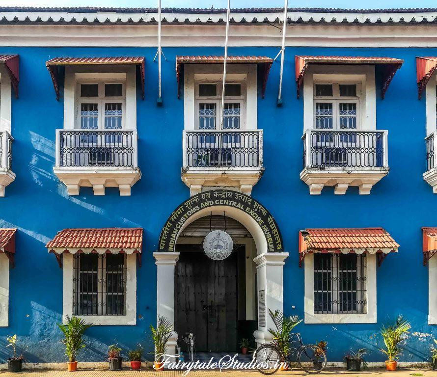 The blue building as they call it is Indian customs and central excise museum in Panjim, Goa