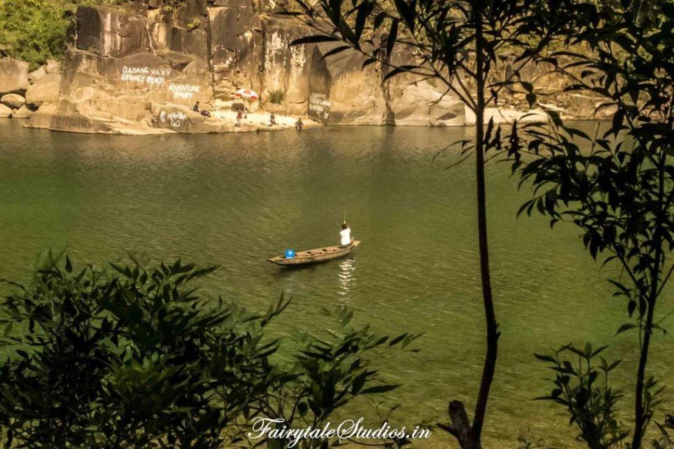 River at Shnongpdeng_Umngot river_Meghalaya Odyssey_Fairytale Photo blogs (3)
