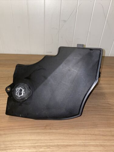 BMW X3 Series E83 E83N LCI Windshield Cleaning Container 3403211