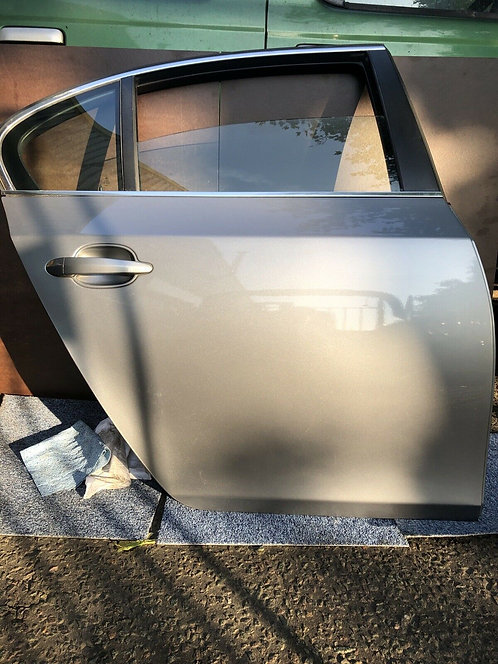 BMW 5 series e60 Right Hand Offside Driver Side Rear Door in Grey. Soft Close