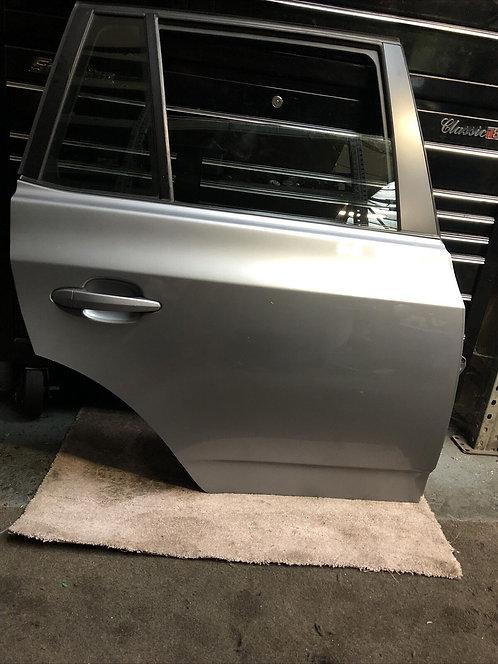 BMW X3 E83 DRIVERS/RIGHT REAR DOOR O/S BARE Grey A08/7 Colour