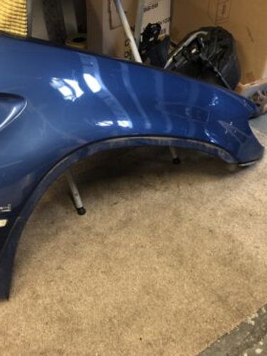 BMW X5 E53 FRONT WING DRIVER SIDE RIGHT O/S IN BLUE