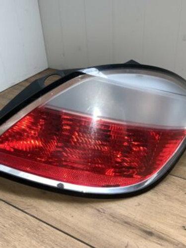 Vauxhall ASTRA RIGHT REAR LIGHT Mk5 H Hatchback 5 Door 2004-10 342691834