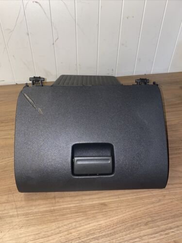 Ford Focus  Glove Box / Glovebox / Storage Compartment 2006