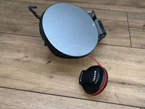 Fuel Filler Flap Housing with Fuel Cap Vauxhall Insignia 2009-ON 13352310