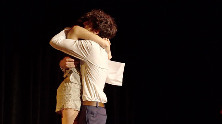 Lou Tilly (Chloé) et Ethan Oliel (Colin).