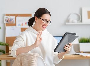 woman-working-on-a-laptop-XB6JYYL.jpg