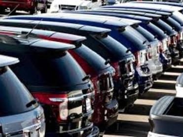 مصر تدرس فرض ضريبة تنمية على السيارات