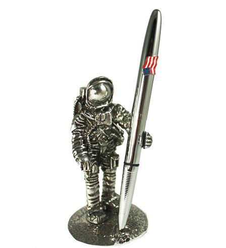 Astronaut Pen Stand