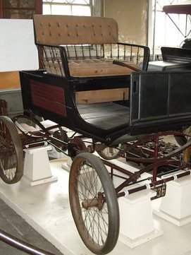 A 1908 Locomobile, which often served as a test vehicle for Edison's batteries as well as