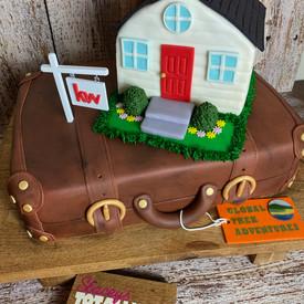 Luggage Cake, House DCake
