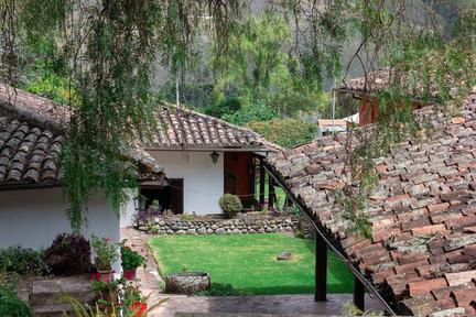 About Us | Ayahuasca Retreat Center, Ecuador