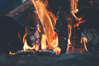 Feuer Kamin Blockhütte Hessen Angelteich