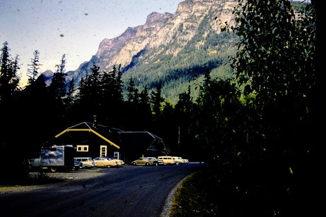 moutain lodge.JPG