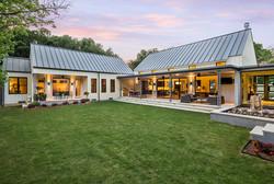 contemporary-farmhouse