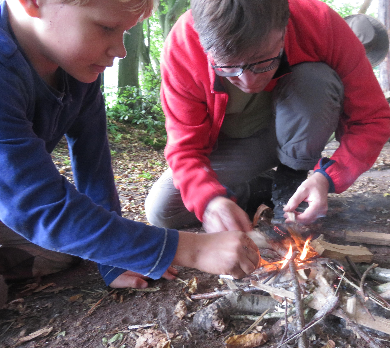 2015-09-18_Vater&Sohn_Camp_Feuerschule_croped2
