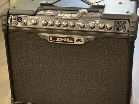 Beg. Line 6 - Spider Jam 75w. 2999:-