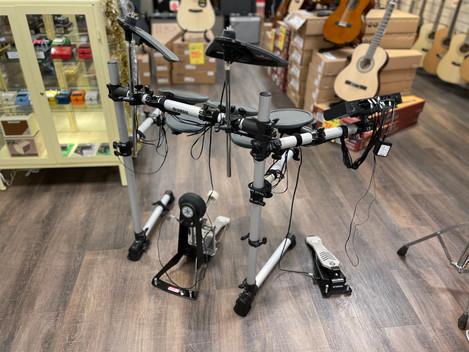 Beg. Yamaha DTX-500 digitaltrumset. 3495:-