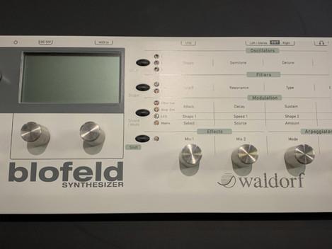 Waldorf Blofeld. 3499:-