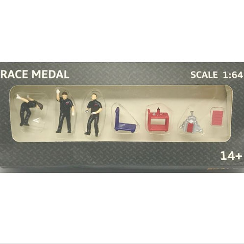 Figures - Race Medal pit crew, engine and tools