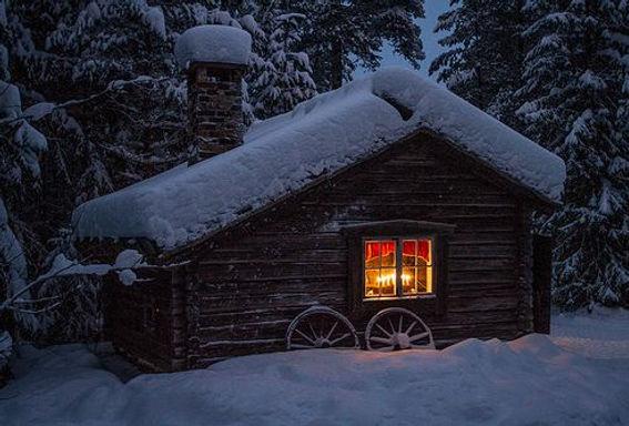cabin winter 2.jpg