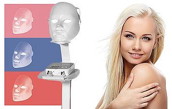 Fitnessstudio Niederprüm fitZone Farblichttherapie LIFTmee LED mask Hautbild