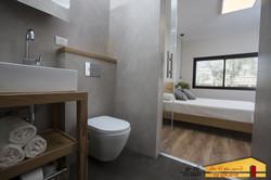 חדר אמבטיה הורים לפני ואחרי