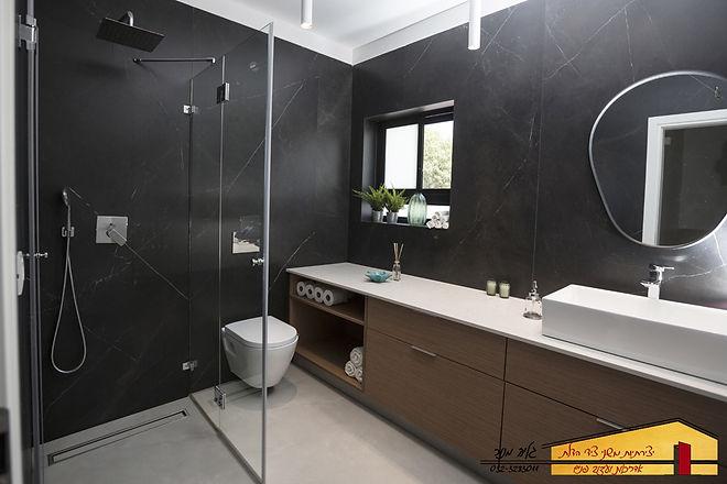 חדר אמבטיה ילדים אחרי בית פרטי בחדרה
