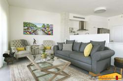 חדר מגורים דופלקס גבעתיים