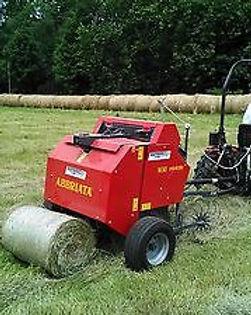 TX48-Mini-Round-Hay-Baler-with-Net-Wrap-