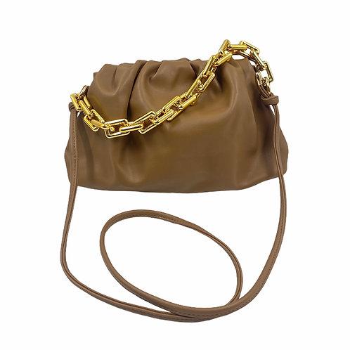 Pochette in similpelle Sissy Taupe con catena dorata e tracolla vista frontale
