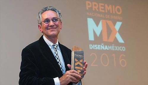 RicardoSalas-Premio-Nacional-de-Diseno.p