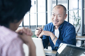 ציון עמרם - ייעוץ ניהולי ועסקי | מנטורינג וליווי למנהלים