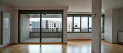 Grandes ventanales con vistas