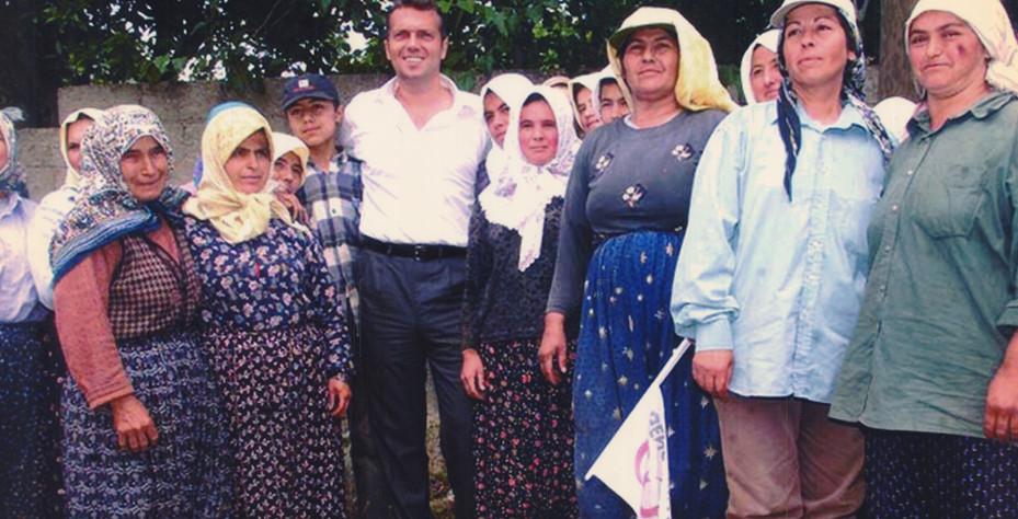 Genç Parti  Türkiye Cem Uzan Hakan Uzan