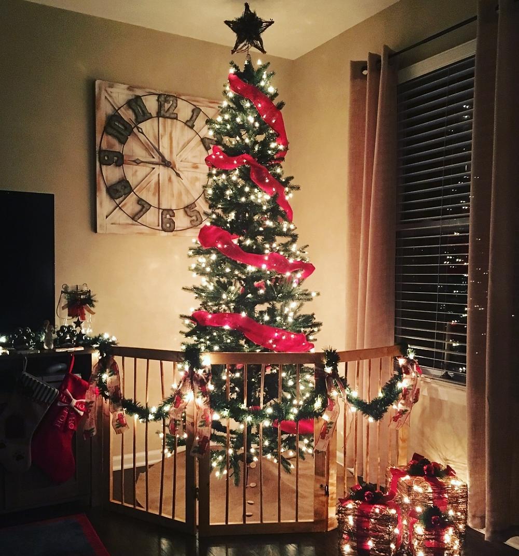 pet-proof Christmas tree