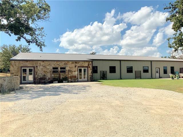 barndominium in Collinsville, TX