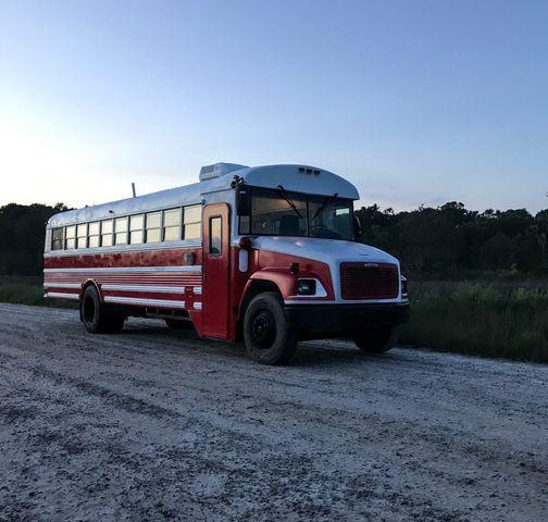 school bus homes