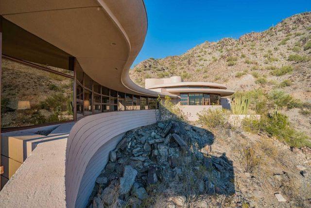 Phoenix Frank Lloyd Wright home