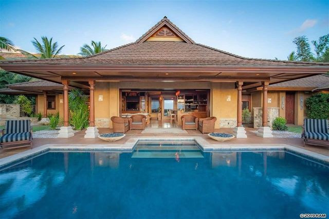 Balinese style mansion in Lahaina, HI