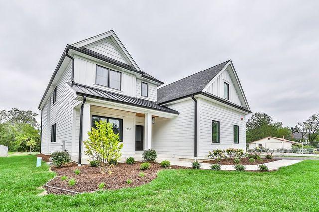 Modern farmhouse in Willowbrook, IL exterior