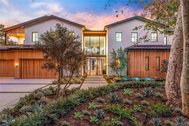 Encino, CA house exterior